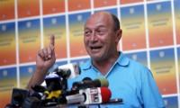 Băsescu, mai uşor de demis. Parlamentul a redus cvorumul la referendum