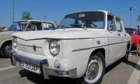 Românii nu îşi mai permit să cumpere maşini noi. La un autovehicul nou se înmatriculează 4 maşini vechi
