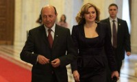 Roberta Anastase se căsătoreşte cu un om de afaceri. Primul om în stat ar putea fi naşul de cununie al fostei Miss România