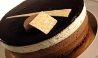 Desertul verii: Tort mousse ciocolată în 3 culori