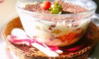 Tiramisu cu căpşuni. Reţeta desertului ideal pentru zilele calde de vară