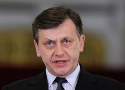 USL nu a învățat din greșeli. Crin Antonescu îi cere demisia președintelui Traian Băsescu