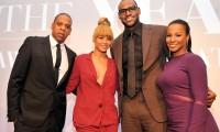 LeBron James şi Savannah Brinson s-au căsătorit. Jay Z şi Beyonce au cântat la nuntă