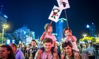 Protestarii, desființați de presa cumpărată de RMGC.
