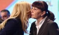 Elena Udrea sau Monica Macovei? O treime dintre români ar vota o femeie la alegerile prezidenţiale
