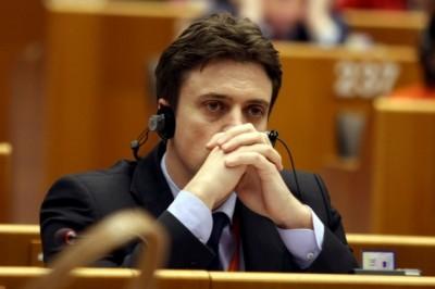 Opiniile CDnews: PSD are nevoie de un nou purtător de cuvânt. Ce fumează Cătălin Ivan?