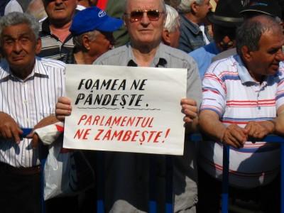 Coșmarul pensionării în România: 180 de euro, pensia medie