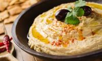 RETETE PENTRU VEGETARIENI: Nicio masa fara humus si tofu