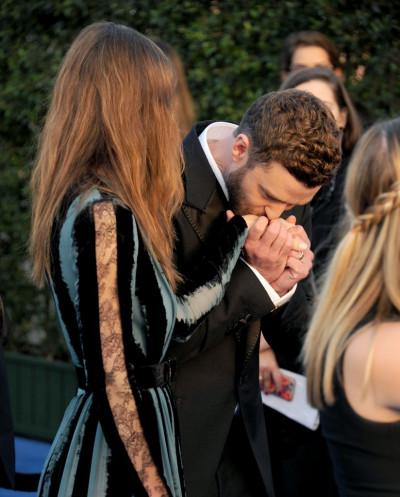Justin-Timberlake-Jessica-Biel-2017-Critics-Choice