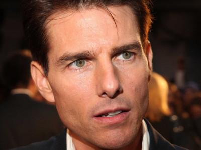 """Un actor care a jucat cu Tom Cruise în """"Risky Business"""" povesteşte cum vedeta jongla între """"studierea Bibliei şi sexul oral"""": fetele făceau coadă la uşa lui"""