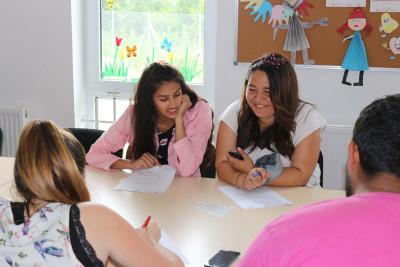 """Conferința Internațională """"Breaking the circle of Roma Exclusion"""" – incluziunea socială a copiilor și tinerilor romi în România"""