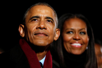 Cum face Barack Obama bani pe Wall Street
