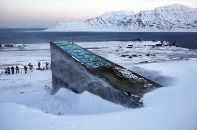 """Banca Mondiala pentru Seminte"" din Norvegia intra in renovare (Video)"