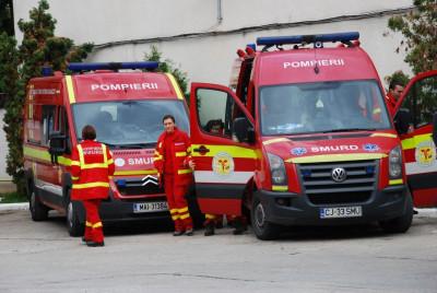 Atentat terorist la Cluj: Un subofiţer ISU Cluj a fost rănit după ce o cutie lăsată lângă maşina sa a explodat
