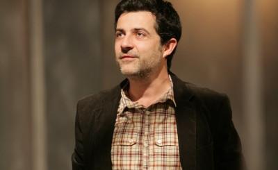 Actorul Mihai Călin, scrisoare deschisă către directorul TNB, Ion Caramitru: Din 120 de reprezentații, 65 sunt regizate și/sau jucate de dvs. și băgați în buzunar 10% din încasări