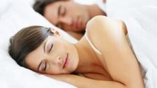 Ai probleme cu somnul? Modalitati testate pentru un somn odihnitor