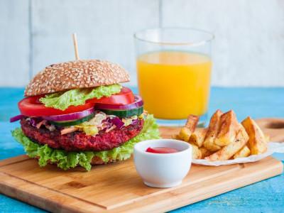 Reteta zilei: Burger vegetal