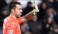 Legenda Gianluigi Buffon se intoarce pe bancile scolii: