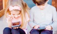 Copilul petrece prea mult timp în fața ecranului? Află CUM poți îndrepta asta!