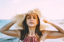 Razele UV: inamicul sau prietenul pielii tale?