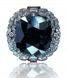 """Totul despre diamantele negre: """"Pentru ca tu nu esti ca toate celelalte"""""""