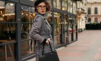 Ținute office pentru femei în sezonul rece: 3 metode pentru a fi mereu la înălțime!