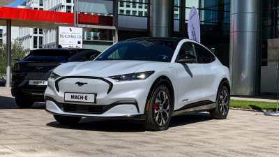 Mustang Mach-E (2021), primul SUV electric al mărcii americane Ford